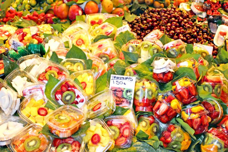 スペインの市場の果物