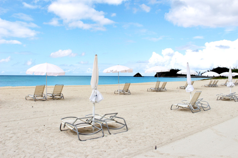 沖縄に息抜きに…JALオクマのビーチにて