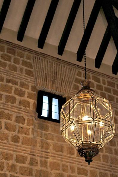 古城に泊まる、スペインのカルモナのパラドール