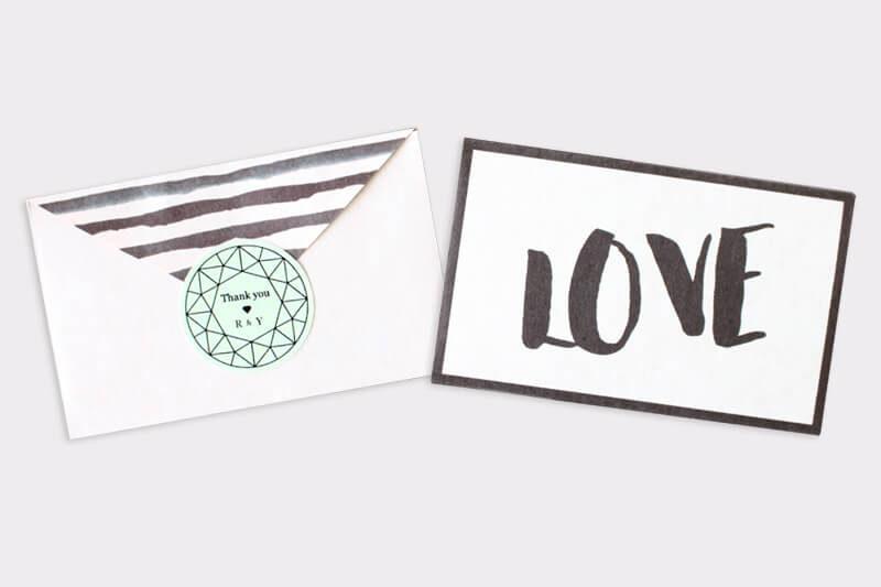 開くとハート型になる封筒(無料テンプレート配布)