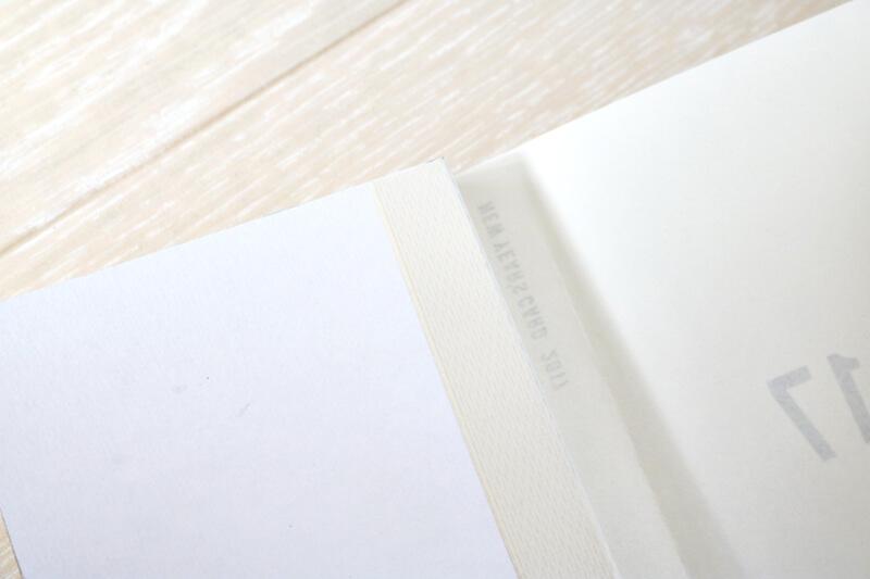 毎年恒例の年賀状の製本をしました。(表紙テンプレート配布)