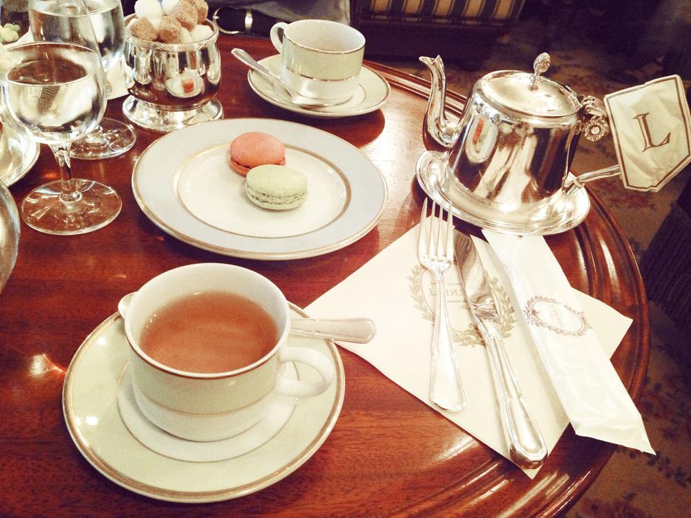 大阪のラデュレでお茶